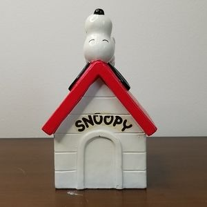 Vintage Snoopy Doghouse Bank AS IS